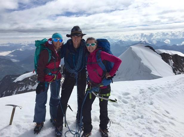 Gipfelglück mit Bergführer David Hefti