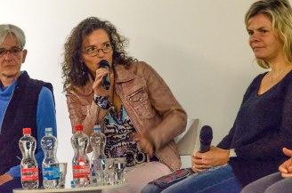 Sohn und Mutter Plaschy und die Schwestern Vonlanthen im Gespräch mit Caroline Doka