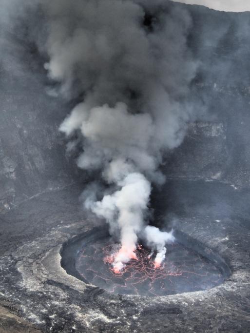 Blick in den Krater des Nyiragongo