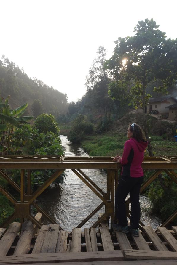 Die erste Brücke über den Nil. Hier heisst er noch Rukarara.